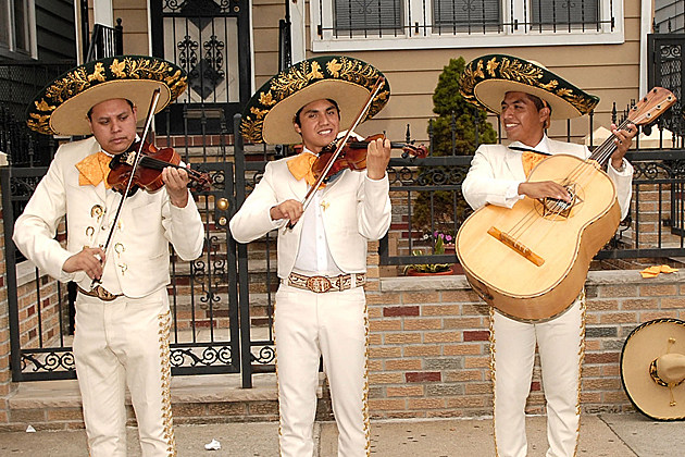 Cinco de Mayo - Mariachi Band