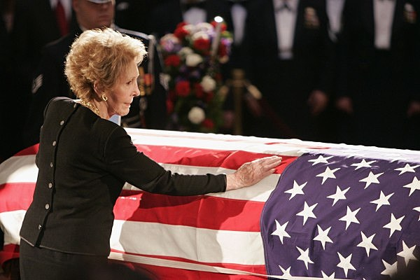Nancy Reagan Pays Respects To President Reagan At The Capitol