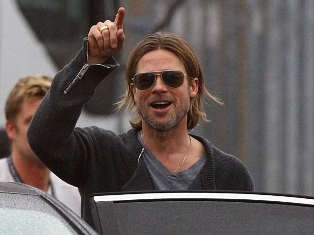 Brad Pitt save extra