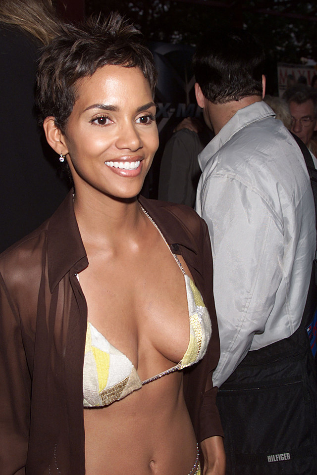 halle berry at xmen premiere on ellis island