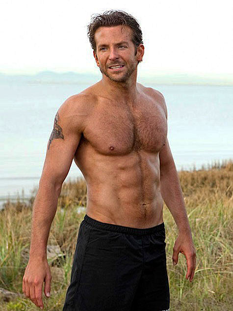 Bradley Cooper shirtless in 'The Hangover'