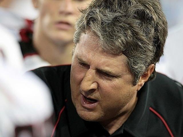 Mike Leach announced as new coach at Washington State.