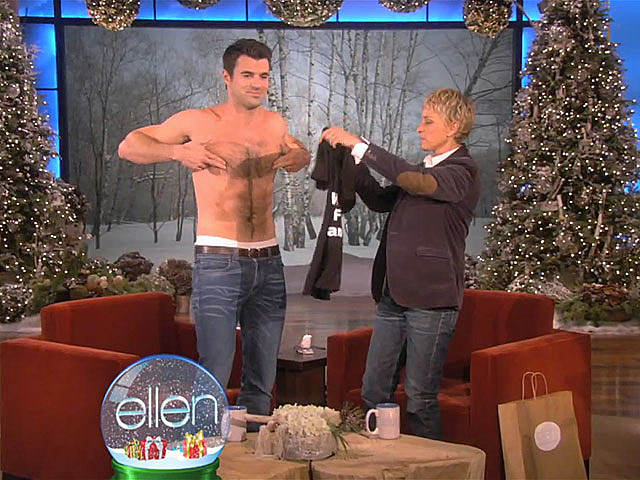 Steve Jones shirtless on 'Ellen'