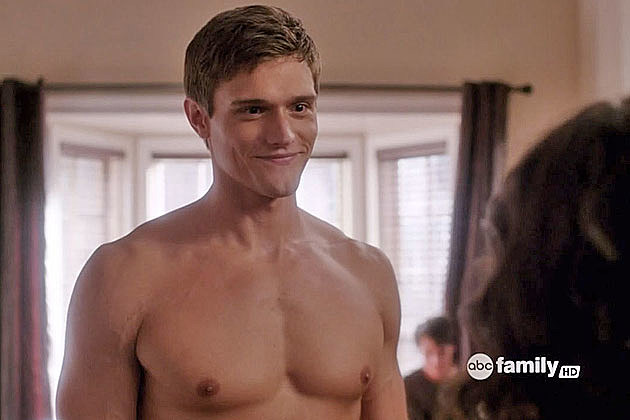 Hartley Sawyer shirtless