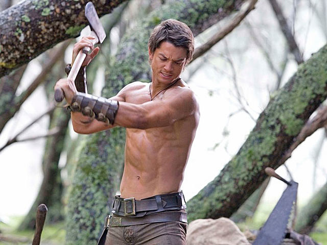 Craig Horner shirtless 'Legend of the Seeker'