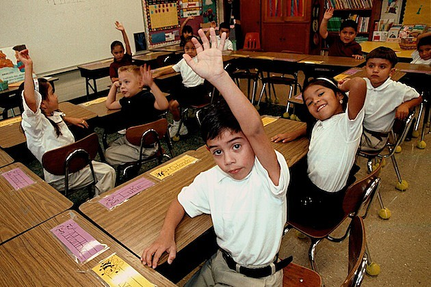 Monolingual Hispanic Students Learn English kids classroom