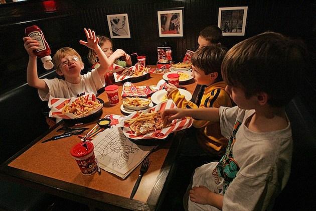 Long Island Gulls Roadtrip tgi friday's restaurant
