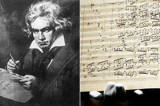 Beethoven debuts Ninth Symphony