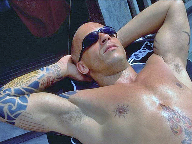 Vin Diesel shirtless in 'xXx'