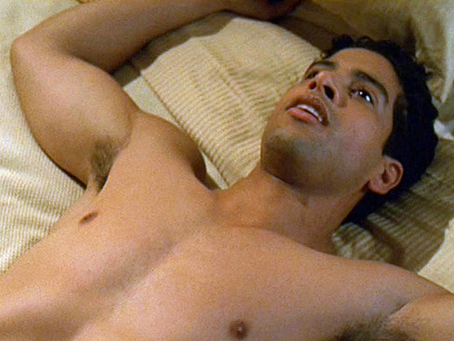 Adam Rodriguez shirtless in 'Roswell'