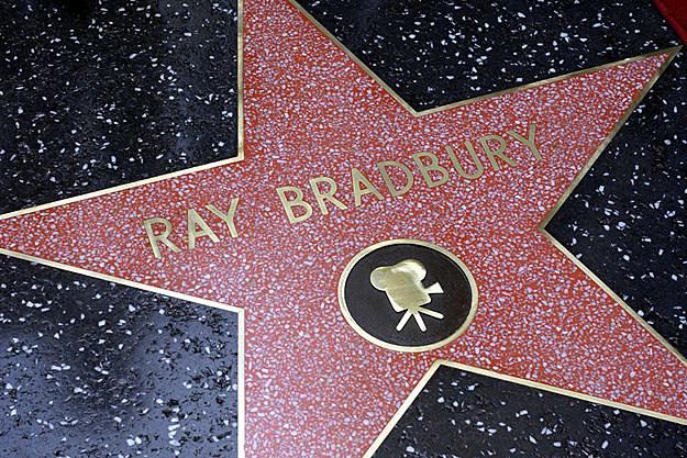 Ray Bradbury Dies