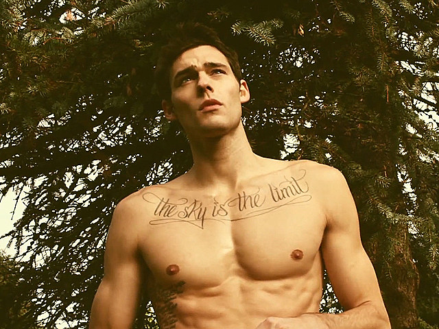 Holden Nowell shirtless male model in 'Call Me Maybe' video