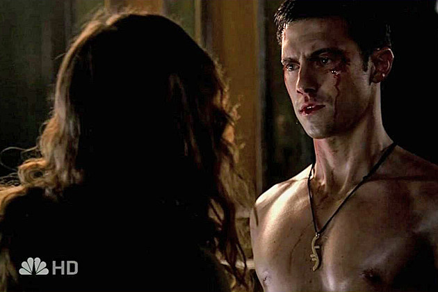 Milo Ventimiglia shirtless in 'Heroes'