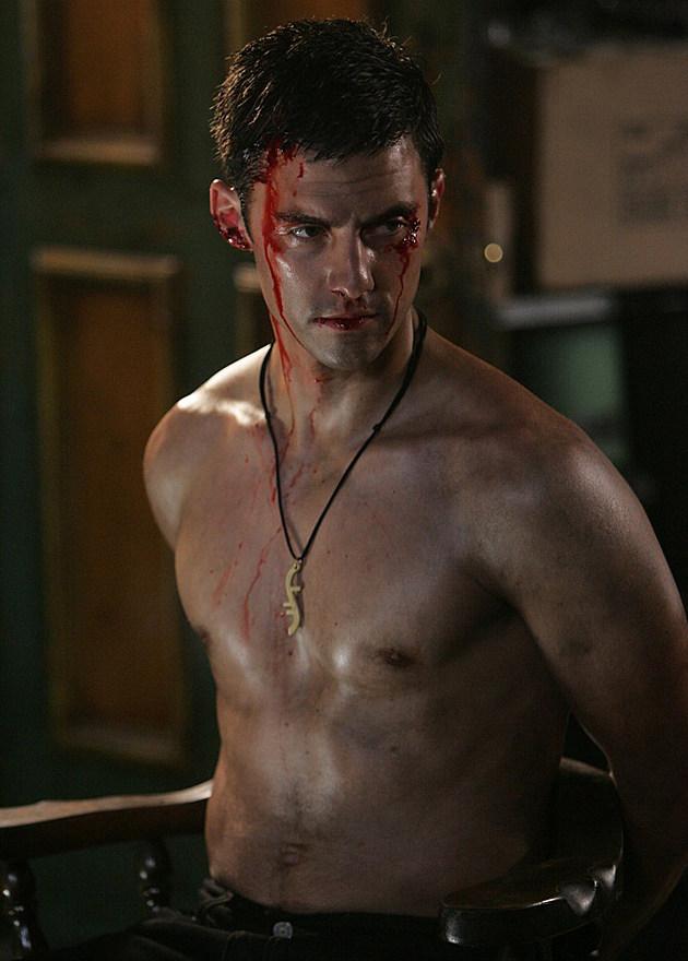 Milo Ventimiglia shirtless in 'Heroes'