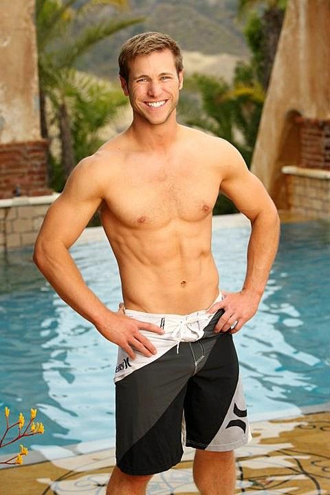 'Bachelor Pad's' Jake Pavelka shirtless