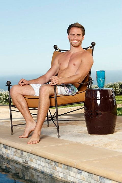 'Bachelor Pad's' Michael Stagliano shirtless