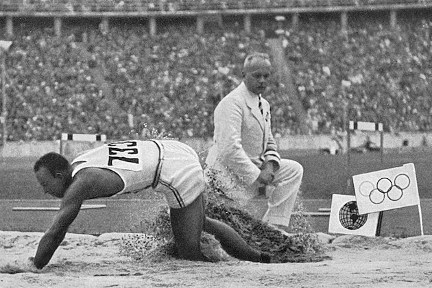 Jesse Owens long jump