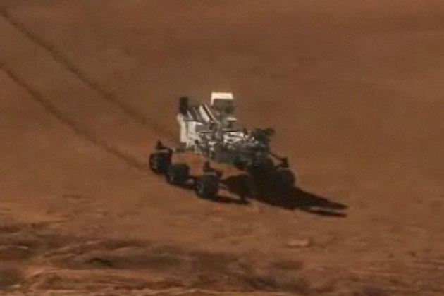 Curiosity Rover Safely Lands on Mars