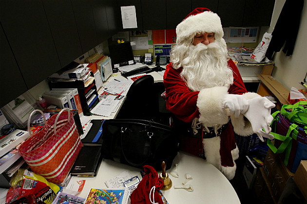 Study Shows that Most Workers Don't Expect Holiday Bonus