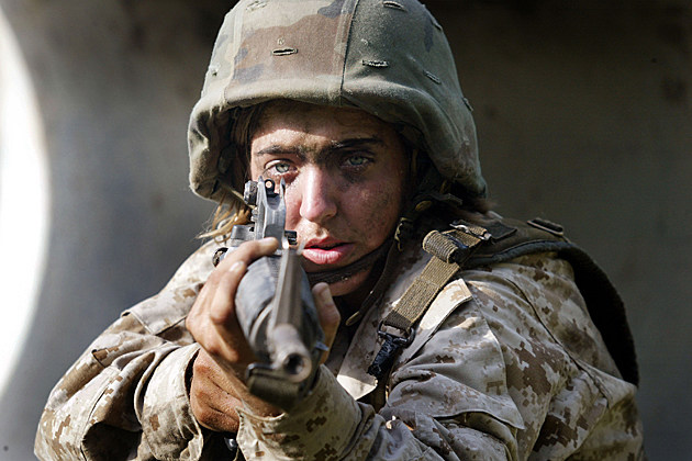 Women Train to Become U.S. Marines